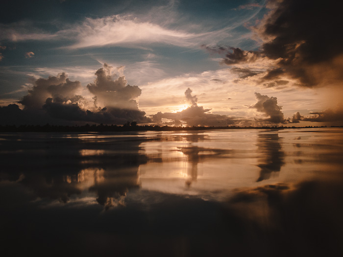 French Polynesia travel guide sunset in Teria beach in Maupiti by Dancing the Earth