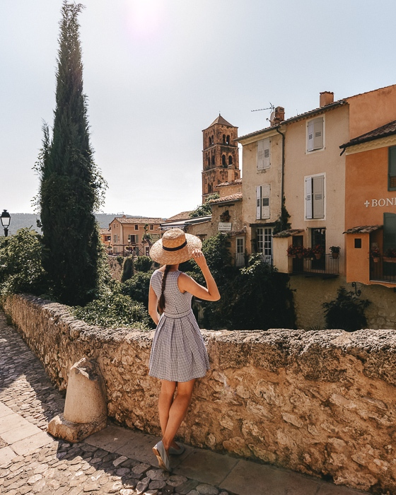 Moustiers Sainte Marie by Dancing the Earth