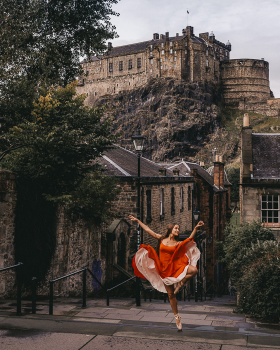 Scotland travel itinerary Edinburgh Castle from Vennel steps by Dancing the Earth