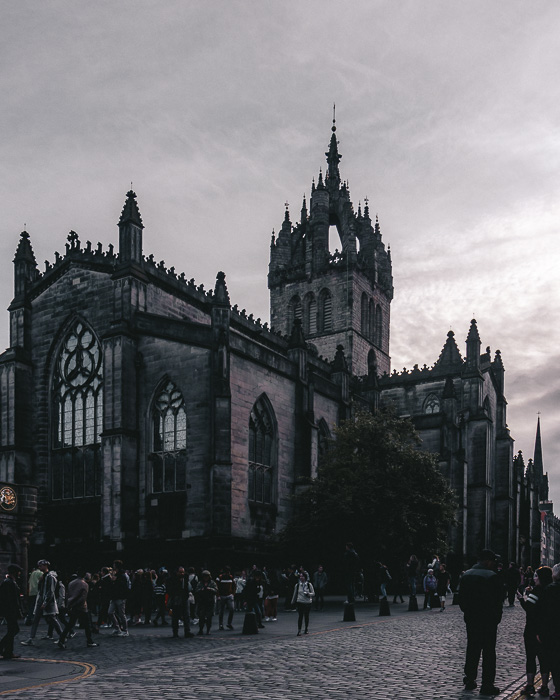Scotland travel itinerary Edinburgh St Giles' Cathedral by Dancing the Earth