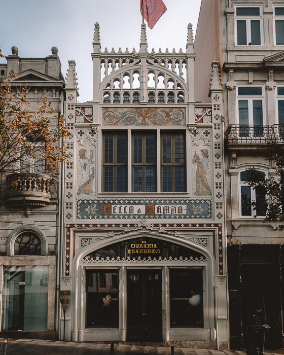 Porto weekend itinerary Livraria Lello by Dancing the Earth