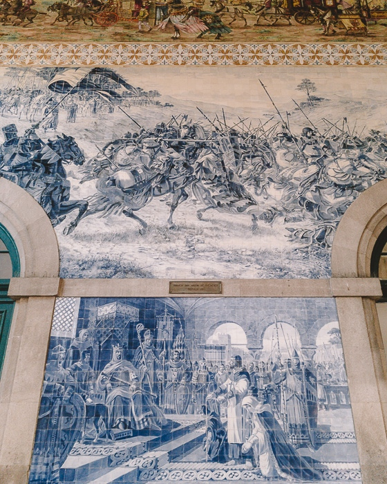 Tiles details in Sao Bento station by Dancing the Earth