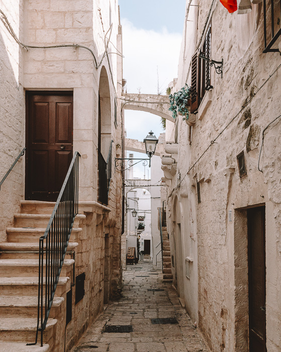 Arches in Cisternino, Puglia travel guide by Dancing the Earth