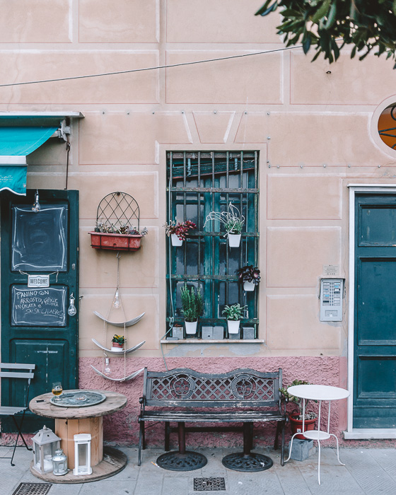 Window and details in Camogli, Liguria and Cinque Terre travel guide by Dancing the Earth