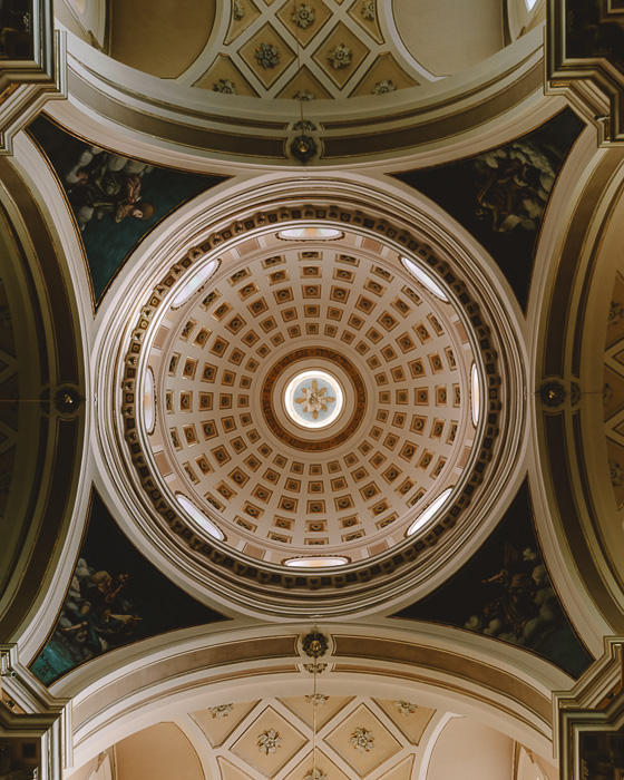 Inside the cathedral of Locorotondo, Puglia travel guide by Dancing the Earth