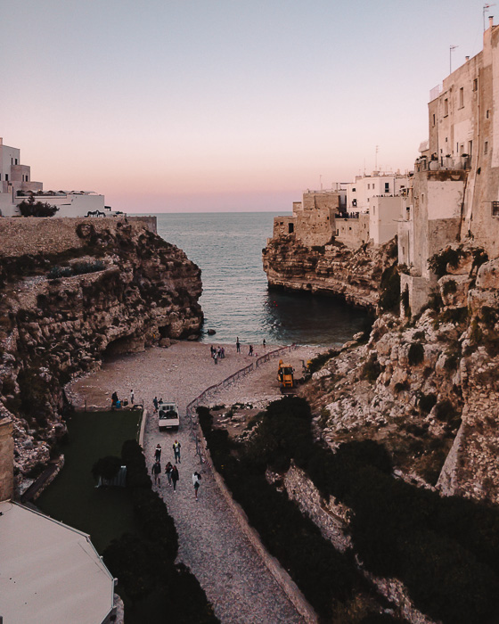 Sunset in Polignano a Mare, Puglia travel guide by Dancing the Earth